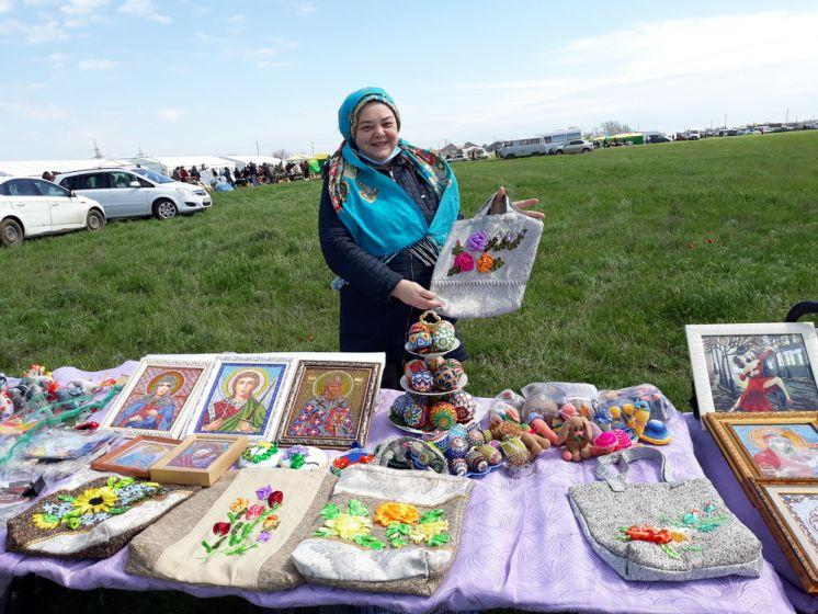Мастера ДПИ ДК «Октябрь» приняли участие в фестивале «Воспетая степь»