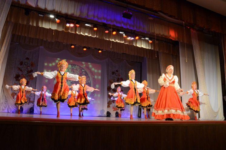 В ДК «Октябрь» прошел концерт, посвященный Дню пожилого человека